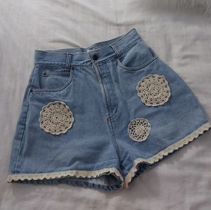 Vintage   mom shorts with crochet details